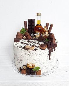 Birthday Cake For Women Simple, Birthday Cake For Husband, Birthday Cake Decorating, Cake Decorating Tips, Liquor Cake, Drop Cake, Cupcake Cakes, Cupcakes, Alcohol Cake