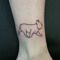 Cute little bulldog outline. #outlinetattoo #legtattoo #dogtattoo #bulldog