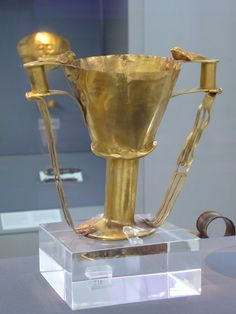 King Nestor's Cup, Mycenae, c. 1600-1500 BCThis golden goblet was found by Heinrich Schliemann at Mycenae in Shaft IV at Grave Circle A. A similar goblet is described in the Iliad as belonging to...