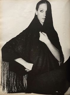 Marisa Berenson, photo by Irving Penn - Vogue May 1970
