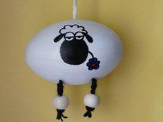 Osterei weißes Schaf