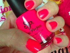 Salon Perfect Haute Pink (matte)