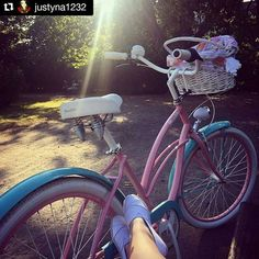 #bike #favoritebike #love #chill #relax #wroclaw #wroclove #trip #bicicleta #mybike #beautyful #instamood #healthy #fitgirl #madrid #urbanstyle #bicicletaurbana #biciclasica #bicicletando #rowermiejski #fashion #sunny #goodmorning #buendia #feliz #livestyle #picoftheday