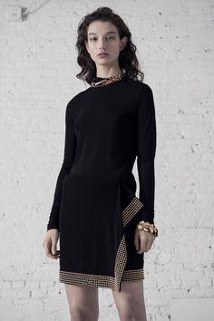 Roberto Cavalli Pre-Fall 2019 Fashion Show Collection  See the complete  Roberto Cavalli Pre-Fall 2019 collection. 3a639df921f