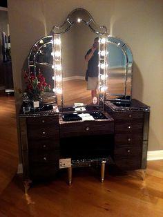 Makeup Vanity In Bedroom Ideas if Contemporary Makeup Vanity Ideas your Diy Vanity & Makeup Storage Ideas as Makeup Geek Legend Makeup Vanities, Makeup Vanity Furniture, Bathroom Vanities, Black Makeup Vanity, Beauty Vanity, Beauty Makeup, Vanity Room, Vanity Set, Vanity Ideas