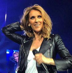 Celine Dion, Beautiful Person, Most Beautiful Women, Old Singers, Hair Affair, Jennifer Aniston, Pop Music, Role Models, My Idol