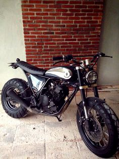 Scrambler motorcycle yellow Ideas for 2019 Tracker Motorcycle, Cafe Racer Motorcycle, Moto Bike, Tw Yamaha, Yamaha Tw200, Cafe Bike, Cafe Racer Bikes, Street Tracker, Ford Gt