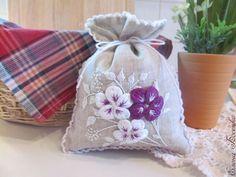 """Купить Мешочек-саше """"Нежность"""" - мешочек с вышивкой, саше с вышивкой, объемная вышивка, объемная гладь"""