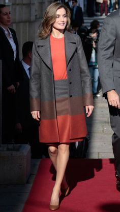 29 November 2016 - State visit to Portugal (day 2) - coat, skirt and clutch by Hugo Boss, shoes by Uterque