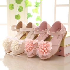 2017 Summer new fashion flowers beaded bow girl princess shoes kids kids  leather sandals kids princess shoes-in Sandals from Mother   Kids on  Aliexpress.com ... 74b24bbda52c