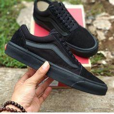 a93f4efaa8929 116 melhores imagens de  sapatospracomprar em 2019