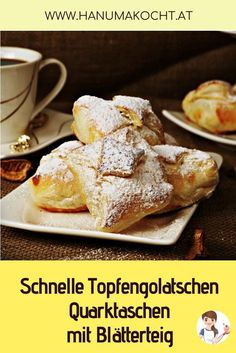 Quick curd cheese gobs / quark pockets made from puff pastry-Schnelle Topfengolatschen/Quarktaschen aus Blätterteig The recipe for this treat is one of the oldest in my portfolio. My mom was the first to try it over 15 years ago. Puff Recipe, Puff Pastry Recipes, Dessert Oreo, Dessert Recipes, Desserts, Breakfast Toast, Breakfast Casserole, Healthy Breakfast Options, How To Cook Ham