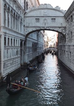 Planning a trip to Italy? Click the image for a Complete Travel Guide! Italy Vacation, Italy Travel, Vacation Spots, Beautiful Places In The World, Wonderful Places, Places To Travel, Places To See, Bright Side Of Life, Italy Holidays