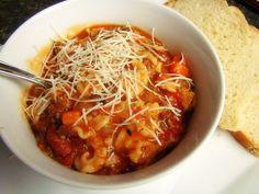 Slow Cooker Pasta E Fagioli Soup (Copycat) -  Favorite!  www.GetCrocked.com