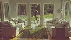 Valen XL soffa. Djup soffa, vardagsrum, linne, låg soffa, inredning, möbler. http://sweef.se/soffor/149-valen-xl-soffa-i-linne.html