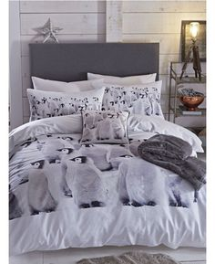 Adorable Catherine Lansfield Penguin Colony Double Duvet and Pillowcase Set