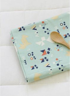 Tangram Animals Cotton Fabric Mint By the Yard 39211 by landofoh