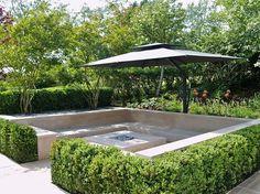 Ogród w Burton Bradstock / projekt: Hugo Bugg Landscapes