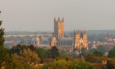 With its extraordinary history and ecclesiastical grandeur, Kent's murder mystery capital has much for the walker to savour on a day's stroll Canterbury Kent, Canterbury Cathedral, Moon Fairy, Murder Mysteries, Travel Goals, Travelling, Medieval, Trail, England
