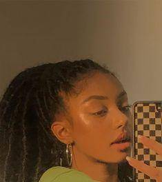 17 Makeup Tips That'll Make Doing Your Makeup Infinitely Easier Black Girls Hairstyles, Cute Hairstyles, Braided Hairstyles, Cute Makeup, Makeup Looks, Hair Makeup, Black Girl Aesthetic, Aesthetic Hair, Hair Inspo