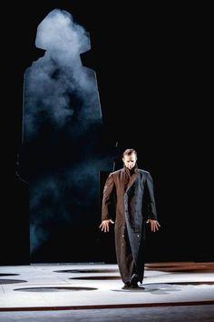 Sześć wieczorów spędzonych w Teatrze Narodowym na próbach arcydramatu Adama Mickiewicza w reżyserii Eimuntasa Nekrosiusabyło dla mnie niezwykłym przeżyciem  i przywilejem.
