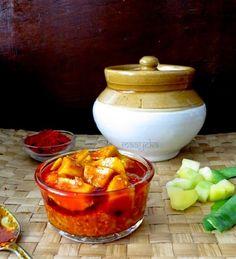Gujarati Raw mango pickle- Tangy delicious Raw Mango pickle -Gujarati style, how to make easy Gujarati mango pickle Gujarati Cuisine, Gujarati Recipes, Indian Food Recipes, Vegetarian Recipes, Gujarati Food, Indian Pickle Recipe, Pickle Mango Recipe, Masala Recipe, Chutney Recipes