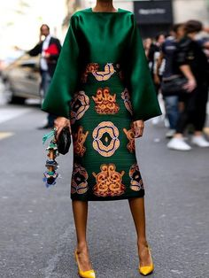 Summer Women Long Sleeve Printed Fashion Midi Plus Size Dress Hot Sale!Summer Women Long Sleeve Printed Fashion Midi Plus Size Dress - Unique Long Hairstyles Ideas Mode Outfits, Fashion Outfits, Womens Fashion, Skirt Outfits, Green Fashion, Look Fashion, Fall Fashion, Fashion Coat, Cardigan Fashion