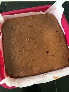 La meilleure recette de Gâteau chocolat mascarpone de Cyril Lignac! L'essayer, c'est l'adopter! 5.0/5 (1 vote), 1 Commentaires. Ingrédients: 200g de chocolat 250g de mascarpone(température ambiante) 4 oeufs 75g de sucre glace 40g de farine Pour le glaçage : 100g de chocolat (noir ou au lait) 50g de beurre
