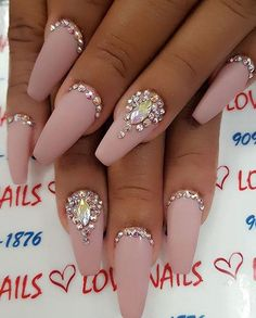 Neutral colors of nails are classic and with it you can't fail. Rhinestones | Nail Designs | Nail Art | Crystals | Coffin |