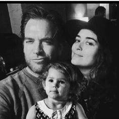 We want the dinozzo family back we want them to get married they had a child why not come back that's all we want