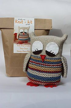 Sleepy Owl Knitting Kit