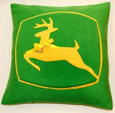 RING CUSHION Vintage John Deere Tractor Logo by HeliCreations, €49.00