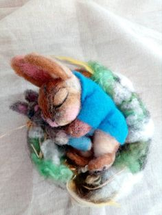 Your place to buy and sell all things handmade Peter Rabbit, Felt Art, Easter Bunny, Needle Felting, Fiber Art, Nest, My Etsy Shop, Wool, Rabbits