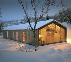 Reiulf Ramstad Arkitekter have designed the V-lodge, an all-year cabin for a family in Buskerud, Norway. The architect's description This all-year cabin is Contemporary Architecture, Interior Architecture, Scandinavian Architecture, Interior Design, Landscape Architecture, Alpine Modern, Timber Cabin, Casas Containers, Architect Design