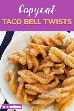 Our take on Taco Bell's Cinnamon Twists taste just like the real thing, minus the drive-thru experience. They're super light and crunchy, and the Taco Bell Recipes, Mexican Food Recipes, Taco Bell Desserts, Cinnamon Twists Taco Bell, Taco Bell Copycat, Jama, Delicious Desserts, Yummy Food, Twisted Recipes