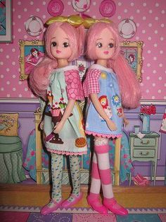 Licca-chan - LoveVintageDolls Doraemon, Doll Toys, Baby Dolls, Kawaii Doll, Art Prompts, Twin Sisters, Retro Toys, Hello Dolly, Anime Figures