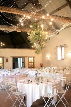 Blush ivory and gold tablescape decor darryl co venue the wedding ambiance junglespirit Gallery