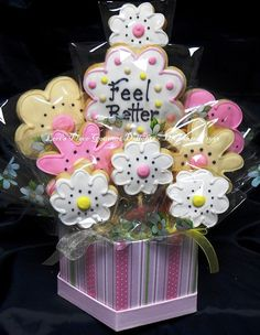 Get Well Cookie Bouquet 9 Cookies by lorisplace on Etsy Iced Cookies, Cute Cookies, Easter Cookies, Royal Icing Cookies, Cookies Et Biscuits, Sugar Cookies, Christmas Cookies, Cookie Bouquet, Flower Cookies