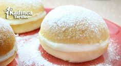 OMG - These cream filled buns are so delicious. Your children will love it. They are filled with whipped cream and dusted in powdered sugar. German Desserts, Easy Desserts, Scones, Cake Recipes, Dessert Recipes, Good Food, Yummy Food, Cookery Books, Bun Recipe