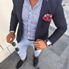 Navy blazer blue shirt white pants
