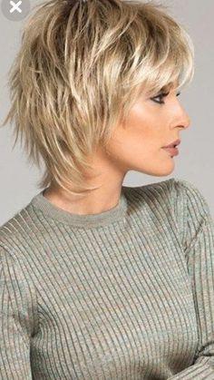 Shaggy Short Hair, Popular Short Hairstyles, Short Layered Haircuts, Short Hairstyles For Thick Hair, Haircuts For Fine Hair, Best Short Haircuts, Short Hair With Bangs, Short Hair With Layers, Short Pixie
