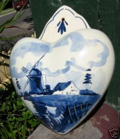 "Sweet heart shaped ""wall pocket,"" in Delft."