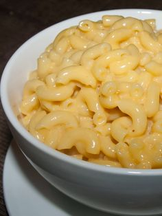 Alton Brown's Stove Top Macaroni & Cheese ~ Gooey creamy cheesy with rich flavor and perfect balance :)