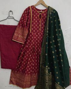 Stylish Dress Book, Stylish Dresses For Girls, Stylish Dress Designs, Casual Dresses, Beautiful Pakistani Dresses, Pakistani Formal Dresses, Pakistani Dress Design, Sleeves Designs For Dresses, Sleeve Designs