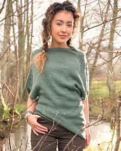 Summer top knitting pattern. Light fingering weight top with asymmetrical hem. Tsumuzikaze by michiyo knit in The Fibre Co. Meadow