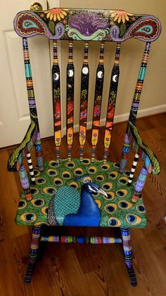 42 upcycling ideas on how to decorate and paint old chairs .- 42 Upcycling Ideen, wie man alte Stühle dekorieren und bemalen kann decorate old chairs spice up furniture upcycling ideas diy ideas decorating ideas craft ideas 39 - Painted Rocking Chairs, Hand Painted Chairs, Whimsical Painted Furniture, Hand Painted Furniture, Funky Furniture, Paint Furniture, Repurposed Furniture, Furniture Makeover, Furniture Ideas