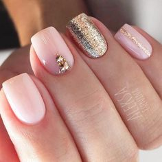 Trendy shades and patterns vary from season to season. We know everything about what you need just right the season is about to hit! All the best seasonal nail designs are gathered here and you are more than welcome to have a look! #nails #nailart #nailde