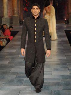 86 Best Indian Weddingsangeet Wear Images Indian Weddings Man