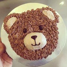 Teddy Bear Birthday Cake, Toddler Birthday Cakes, Teddy Bear Party, Teddy Bear Cakes, 1st Boy Birthday, Jungle Cake, Novelty Cakes, Cake Decorating Tips, Cute Cakes