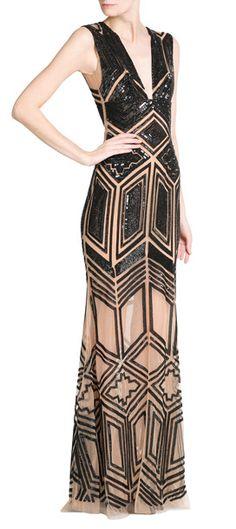 Die ganz große Robe für den ganz großen Abend: das ist das Abendkleid mit opulenten Pailletten, Perlen und Kristallen von Zuhair Murad #Stylebop